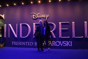 Lina-Luisa Sittig und Alexander Michael Arnold bei der Cinderella Ausstellung Berlin 2015