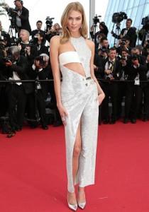 Topmodel Karlie Kloss in Atelier Versace